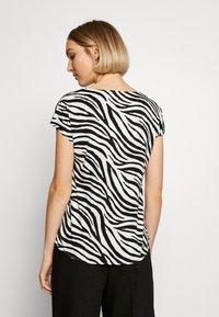 Marc Cain - Print T-shirt - white/black - 2