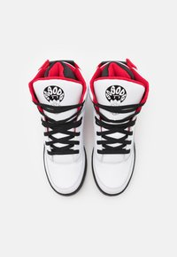 Ewing - 33 X SO SO DEF - High-top trainers - white/black/red - 3
