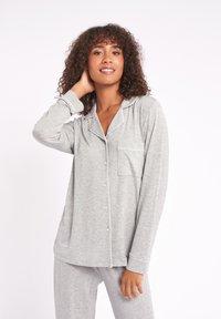 Chelsea Peers - Pyjamas - grey - 2
