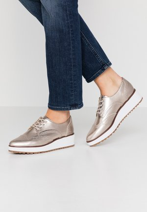 LAMAZONS - Lace-ups - light silver