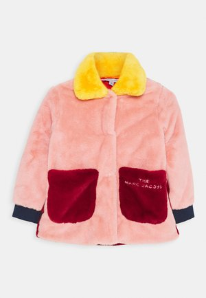 COAT - Wintermantel - red/pink