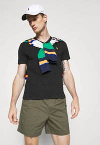 Polo Ralph Lauren - 6-INCH POLO PREPSTER TWILL SHORT - Shorts - expedition olive - 4