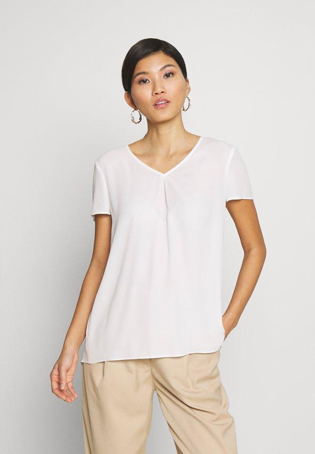 Blouse - soft white