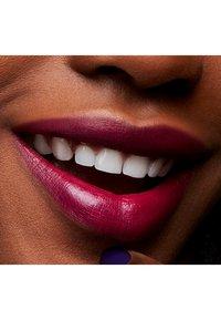 MAC - LOVE ME LIPSTICK - Lipstick - joie de vivre - 4
