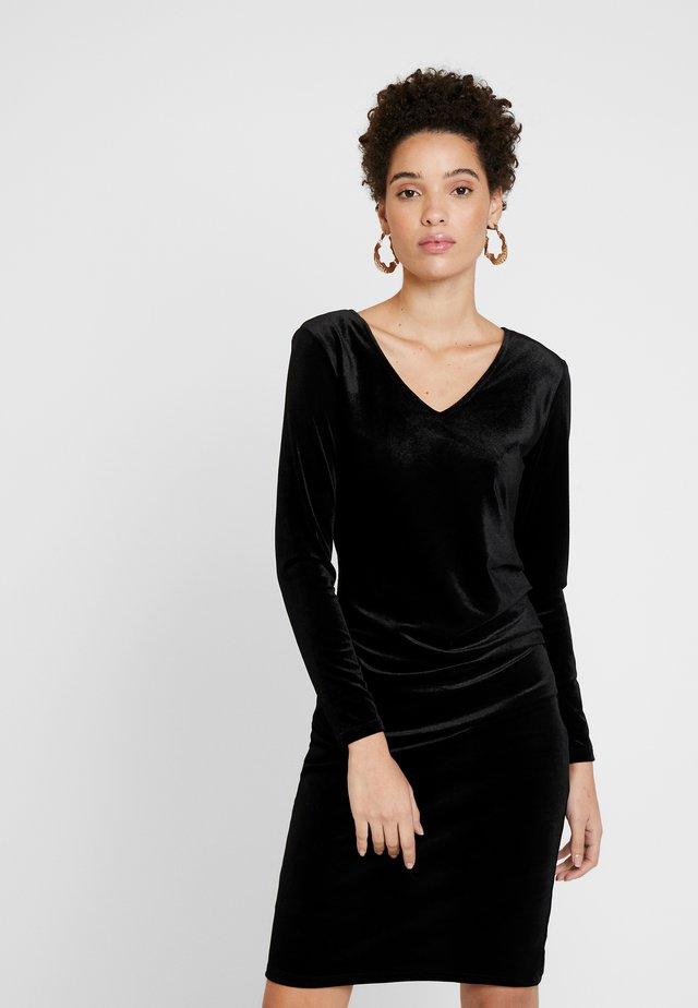 DAFINA SLIM - Sukienka etui - black