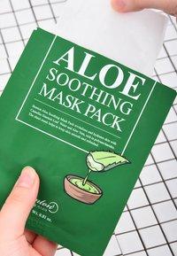 Benton - ALOE SOOTHING MASK 3 UNITS - Face mask - - - 8
