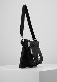 Indispensable - SACOCHE  - Across body bag - black - 3
