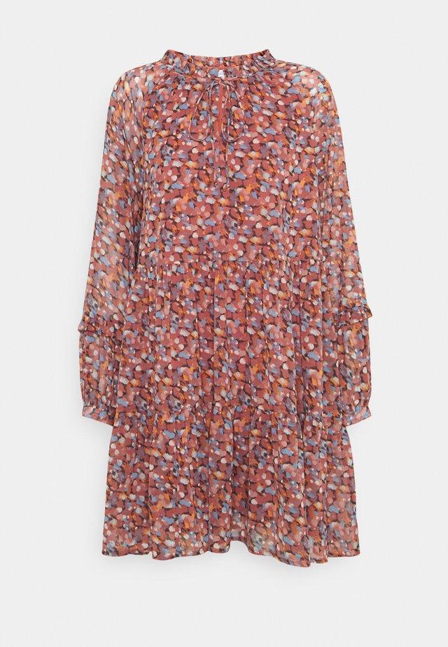 NUCAIT DRESS - Vapaa-ajan mekko - marsala