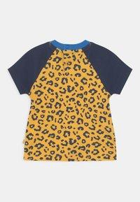 Frugi - HAPPY RAGLAN UNISEX - T-shirt print - yellow - 1