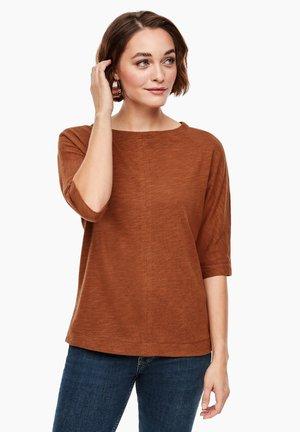 MIT FLEDERMAUS-ÄRMEL - Long sleeved top - brown