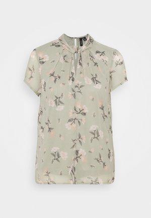 VMZALLIE  - Print T-shirt - desert sage