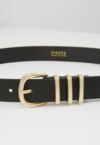 Pieces - PCLEA JEANS BELT - Belt - black/gold - 4
