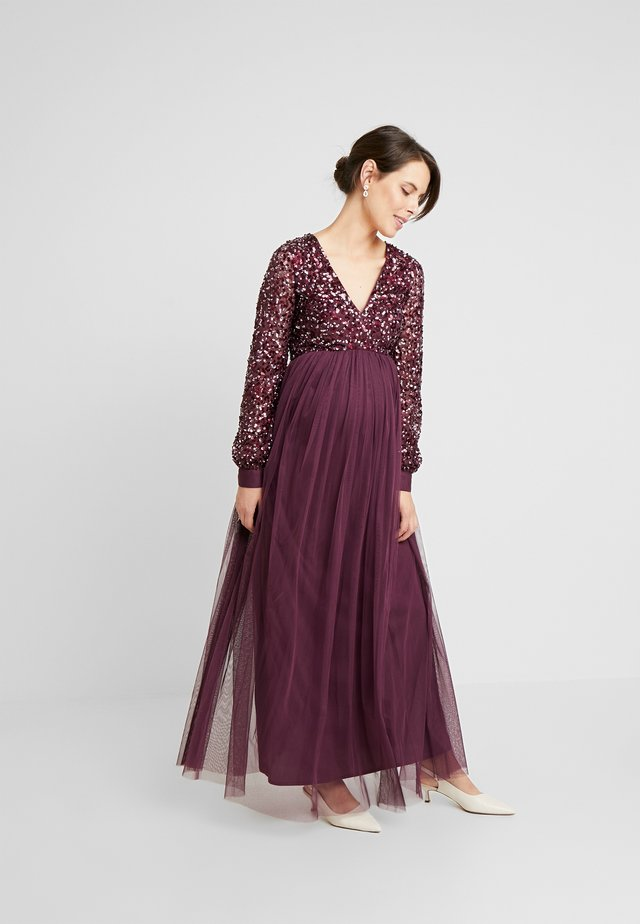 V NECK BISHOP SLEEVE DELICATE SEQUIN DRESS - Galajurk - berry