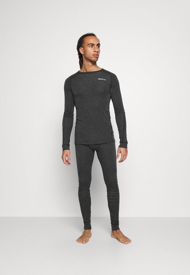 CORE SET - Unterhemd/-shirt - black melange