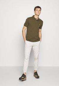 Polo Ralph Lauren - SLIM FIT MESH POLO SHIRT - Polo shirt - defender green - 1