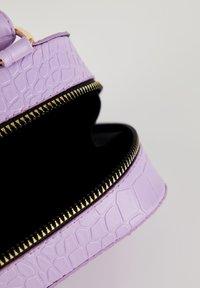 DeFacto - Sac bandoulière - purple - 4