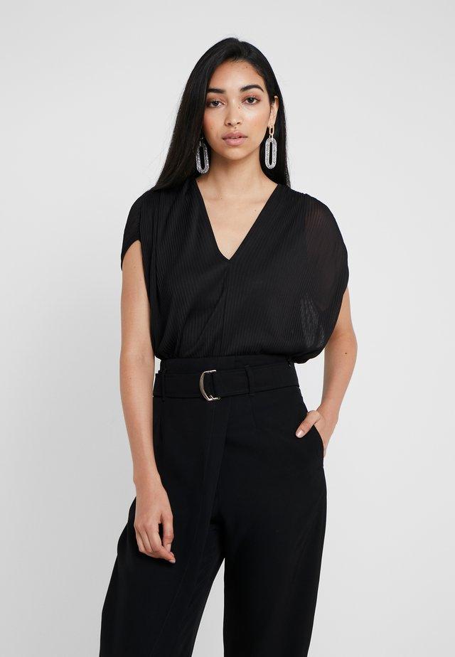 PORTOFIN - Camiseta estampada - black