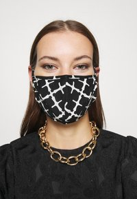 By Malene Birger - SAFRO - Community mask - black - 0