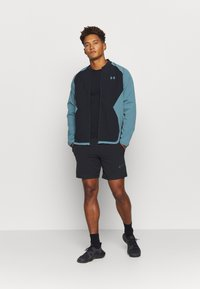 Under Armour - RIPSTOP WIND - Træningsjakker - black/green - 1