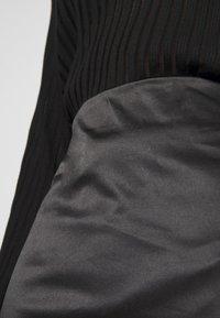 Weekday - SIGNE SKIRT - Pencil skirt - black - 6