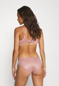 Calvin Klein Underwear - LIQUID TOUCH - Underbukse - alluring blush - 2