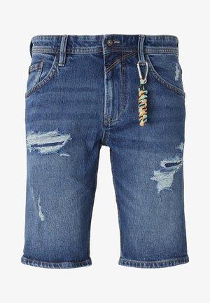 MIT SCHLÜSSELAN - Denim shorts - random bleached  blue denim