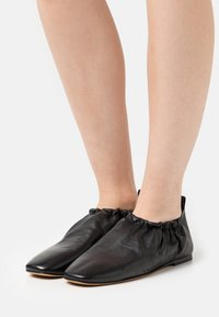 3.1 Phillip Lim - ROUCHED  - Instappers - black - 0