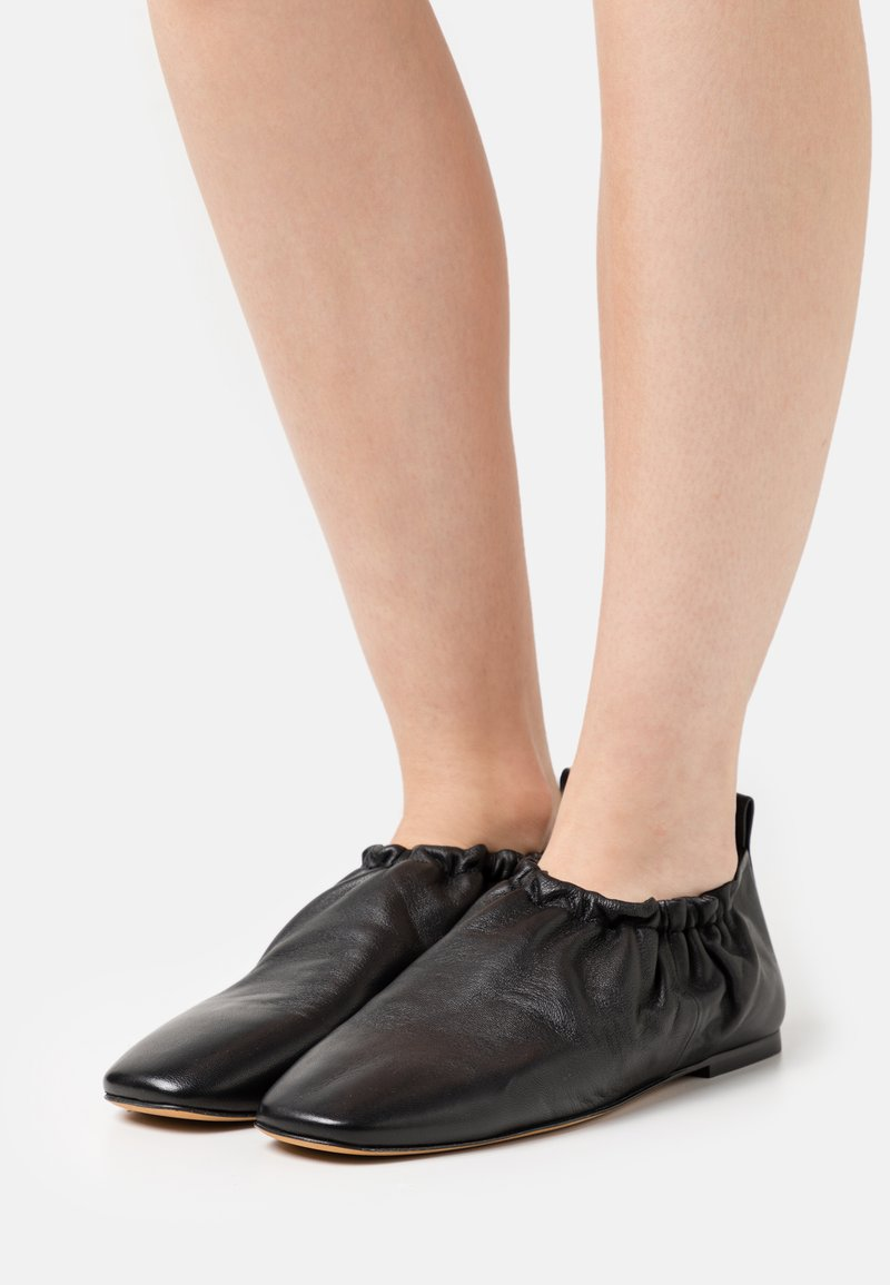 3.1 Phillip Lim - ROUCHED  - Instappers - black