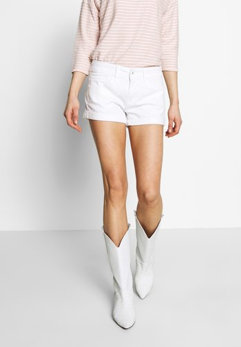 SIOUXIE - Short en jean - white denim