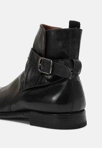 Cordwainer - TOPO  - Korte laarzen - todi washed black - 4