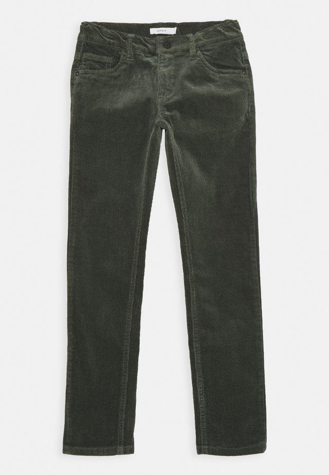 NKMROBIN - Pantalon classique - thyme