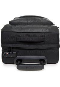 Eastpak - Wheeled suitcase - cnnct coat - 5