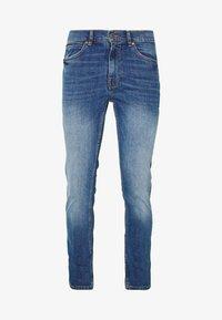 Burton Menswear London - ORGANIC - Slim fit jeans - mid blue - 4
