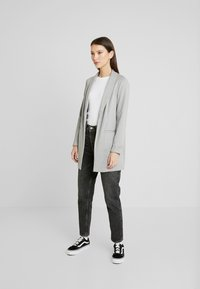 Vero Moda - VMSINAKATEY  - Short coat - light grey melange - 1