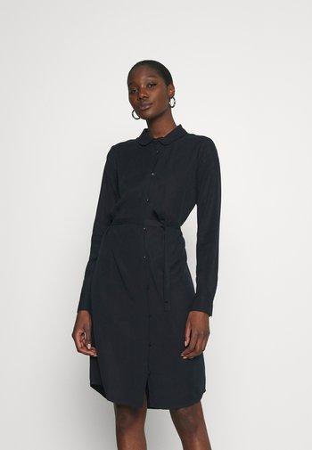 PECK DRESS - Shirt dress - carbon