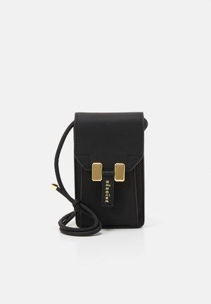 ROMY - Across body bag - black