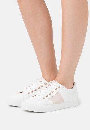 IRINA GROSGRAIN TRAINER - Baskets basses - blush