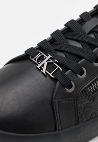 Calvin Klein Jeans - LACEUP ZIP - Trainers - full black - 5