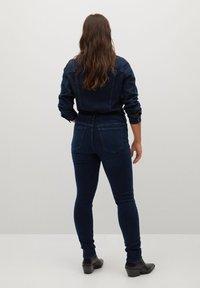 Violeta by Mango - SOFIA - Jeans Skinny Fit - intensives dunkelblau - 2
