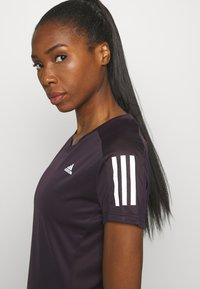 adidas Performance - OWN THE RUN TEE - T-shirts med print - purple - 4