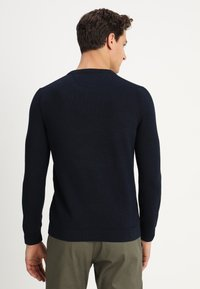Marc O'Polo - STRUCTURED CREW NECK - Pullover - total eclipse - 2