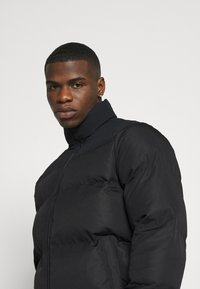 Converse - Winter jacket - mono black - 4