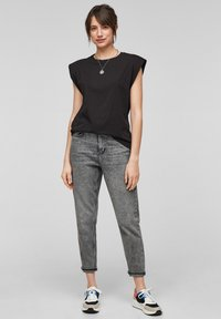 QS by s.Oliver - Basic T-shirt - black - 1