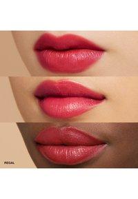 Bobbi Brown - CRUSHED LIP COLOR - Lippenstift - regal - 2