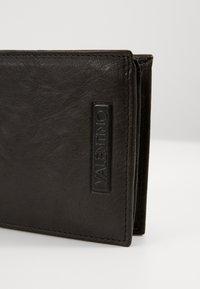 Valentino by Mario Valentino - DORIAN - Wallet - nero - 4
