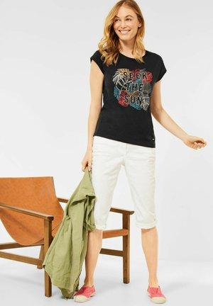 MIT PRINT - Print T-shirt - grau