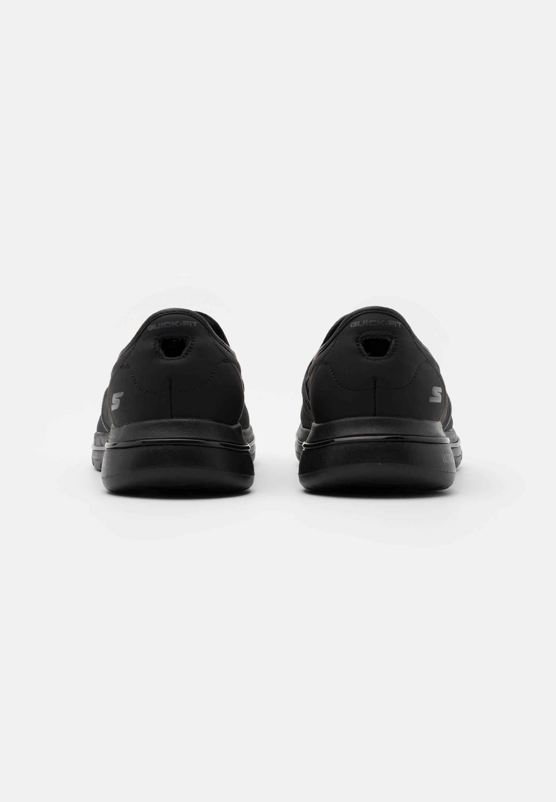 Barato Calzado de hombre Skechers Performance GO WALK 5 Zapatillas para caminar black iczf8l