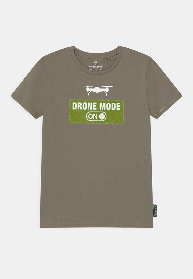 TEEN BOYS - T-shirts print - vertiver