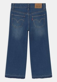 Levi's® - CROPPED WIDE LEG - Jeans Relaxed Fit - blue denim - 1