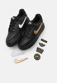 Nike Sportswear - AF1/1 UNISEX - Baskets basses - black/white - 5